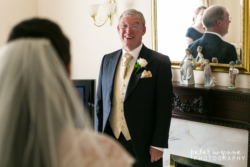 bride sees father