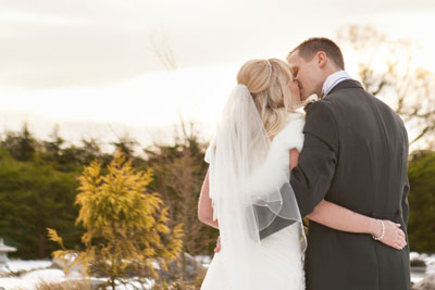grosvenor pulford wedding portrait kiss